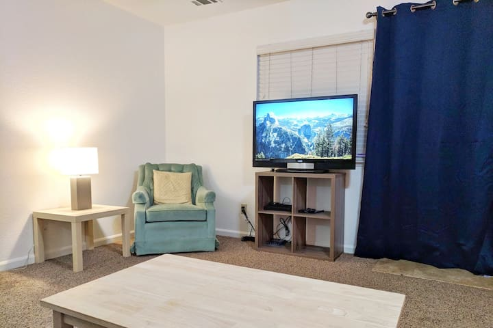 Cozy Living Room with WiFi TV & Deck-access