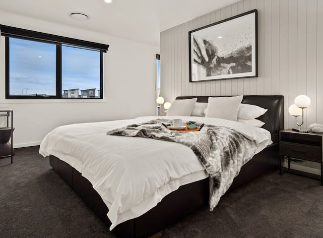 Snuggle up in the luxurious master suite, space is not an issue in this room. Accompanied by a full bathroom, oversized wardrobe, dressing table and smart TV. There is no reason to leave...ever.