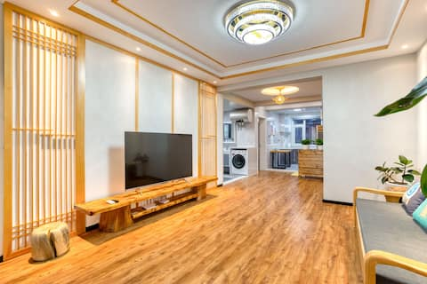 【ISSA】延边大学商圈,近高铁,近机场,近西市场,精装修朝鲜族特色6人3床电梯免费提供韩服拍照。