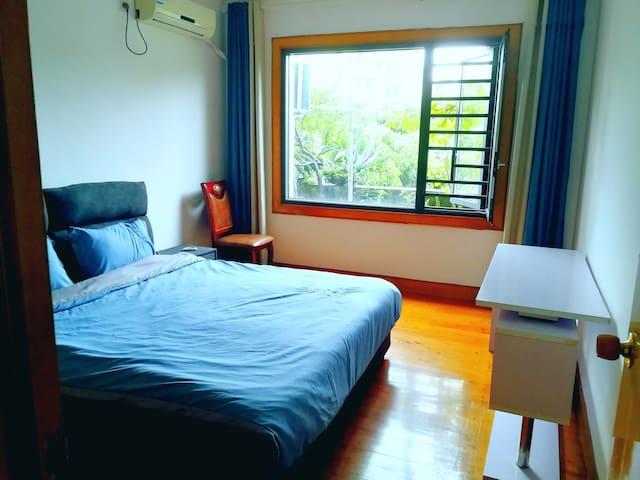 超大空间大床房1.8x2米