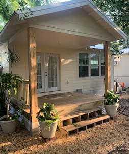 3 steps up to porch/deck