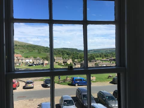 A lovely period cottage overlooking Reeth green.