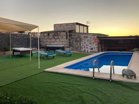 Casa rural con Piscina en San Miguel