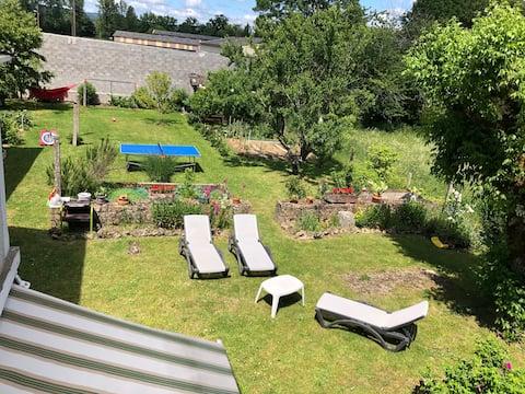 Agréable maison et son jardin