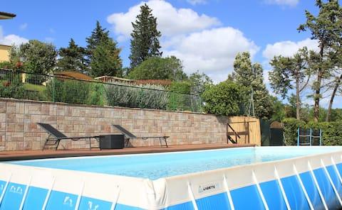 Casa con piscina e giardino a 15 minuti da Lucca