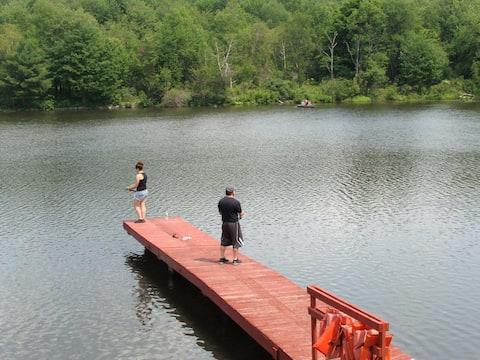 Family Camp * Lake * Pool * Activities * Sunshine