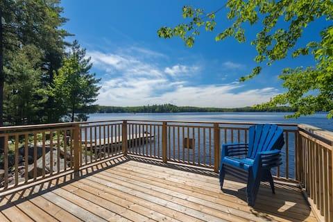 Muskoka Cottage  on beautiful Leech Lake