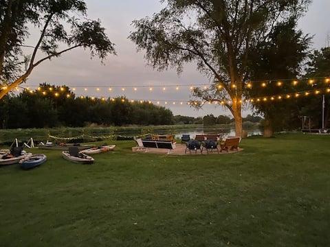 RiverFront Retreat! Fishing, Kayaking, 7.5 acres