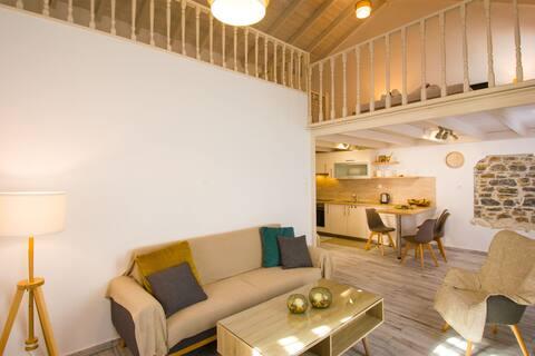 Yaya's cozy house/mezzanine/herbal garden