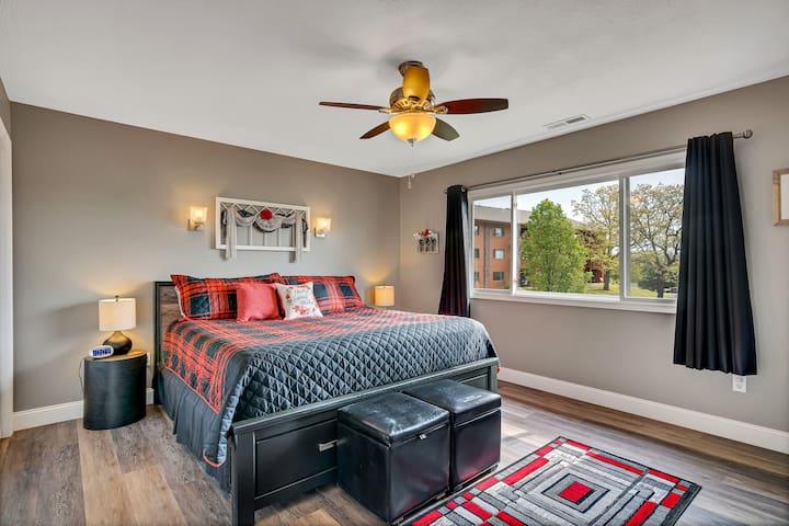 Enjoy a great nights sleep in the master bedroom's king bed!
