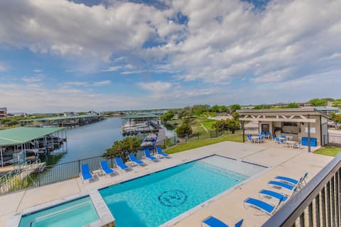 Gated Waterfront Condo w/Resort Amenities 2BD/2BA