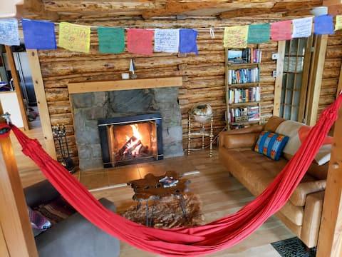 New! ☆ Remote Work & Pet Friendly Cabin w/ Hot Tub