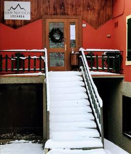 Na ulazu u prostoriju nema stepenica