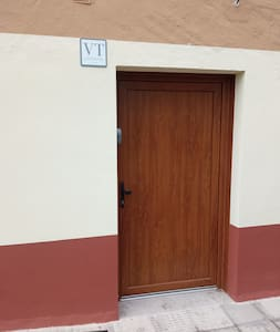 Step-free entrance to the room