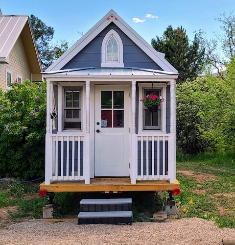 Beautiful Tiny Home in Hermosa Orchards
