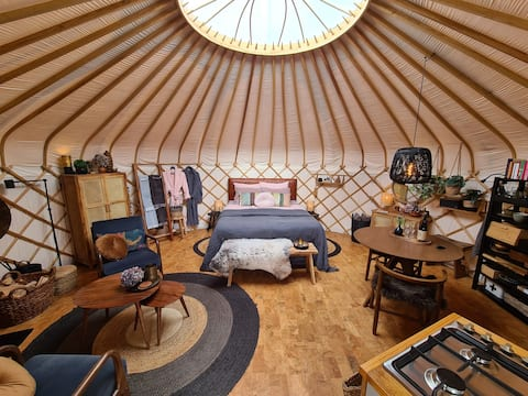 Luxury Yurt in boutique style at FarmGlamping