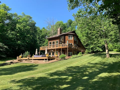 Riverbend (Relax Riverside With Us - New Listing)