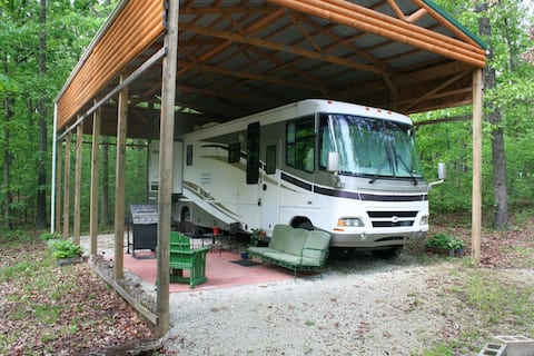 Class A getaway in the Ozarks