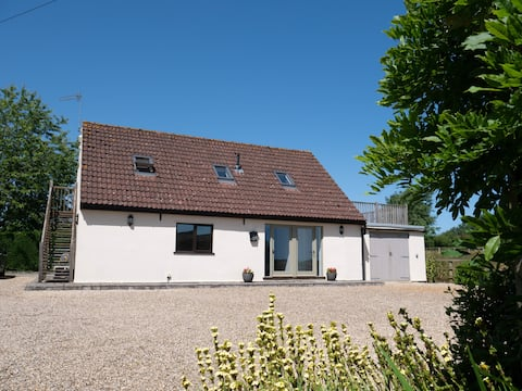Idyllic countryside location in the Norfolk Broads