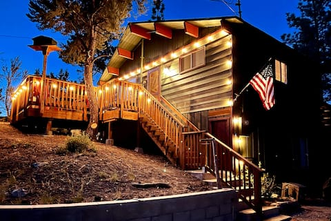 """""""Bear Cub Cabin"""" 