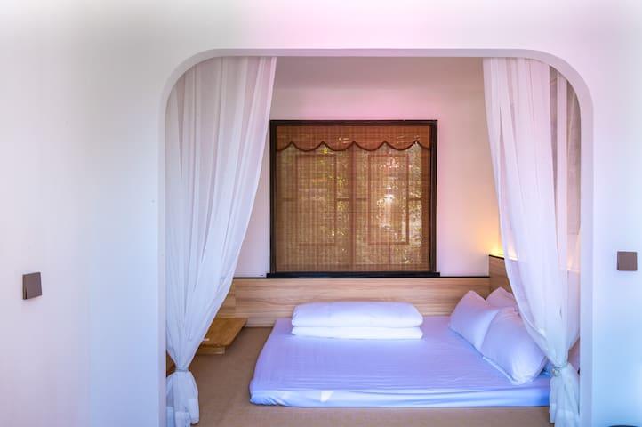 Спальня 6