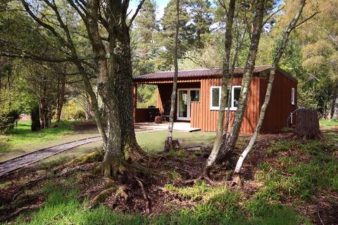 The Log Cabin at Easter Arr