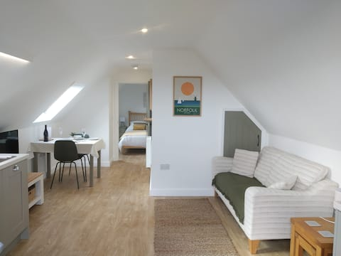 Skylark -Cartshed Annexe. Perfect for 2.