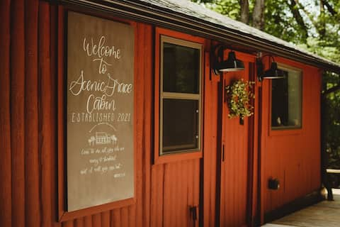 Scenic Grace Cabin - Ruhiger und bewaldeter Seeblick