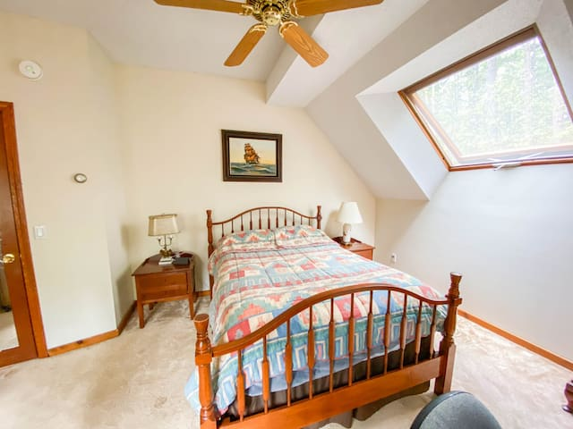 full bed in the second bedroom