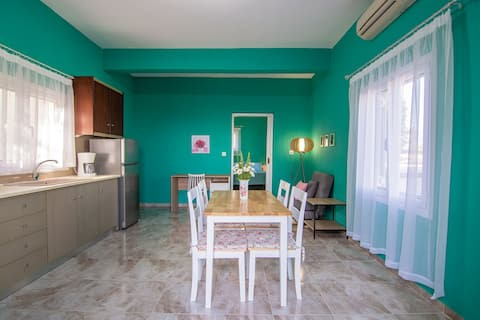 Elena's home - apartment near to the beach
