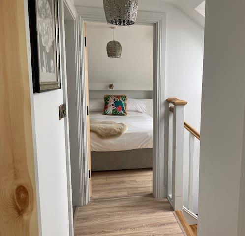 Cottage 2 Bedroom Upstairs