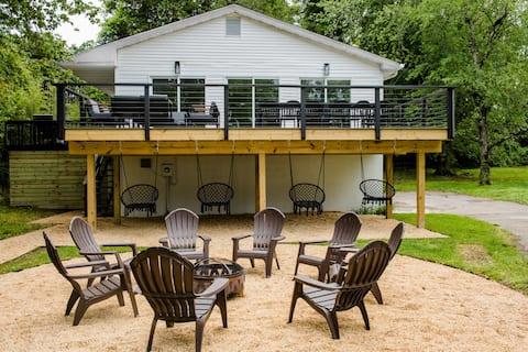 The Potomac House: 13 acre riverfront property
