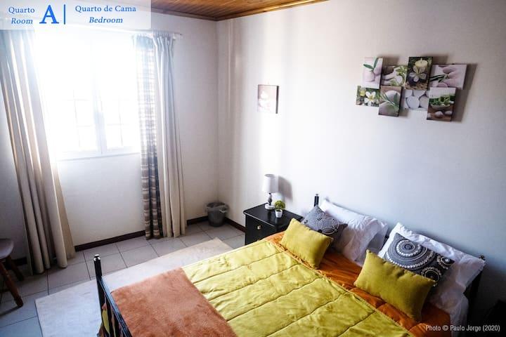Quarto A | Room A - Quarto de Cama | Bedroom