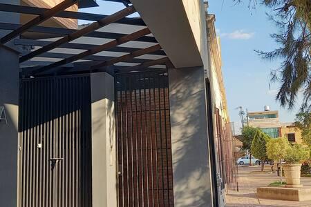 Puerta  de acces Peatonal.