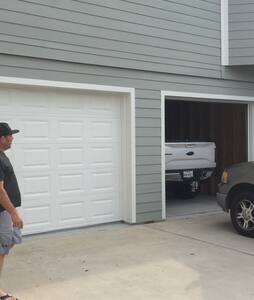 Garage entry to the elevator