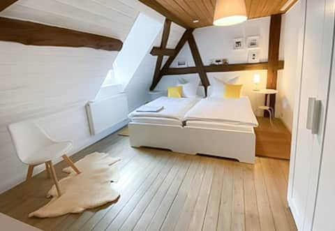 Charming and lovingly furnished loft