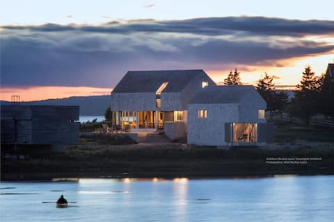 NEW- A Dream Cottage in a Village by the Sea