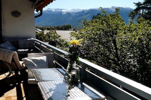 Helle Wohnung mit Wohlfühlgarantie und Bergblick