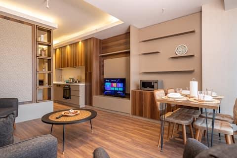 Cozy Luxurious Studio