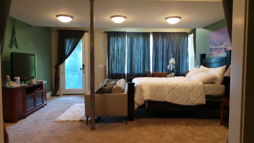 Bedroom with 180 Degree Lake and Mountain Views