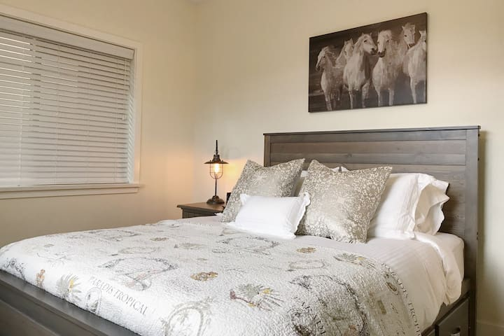 Master Suite with quality linens