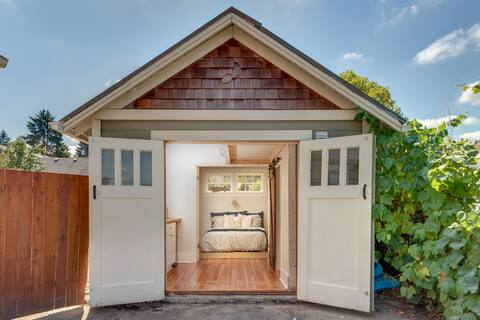 It's back!  Carriage House Tiny Home