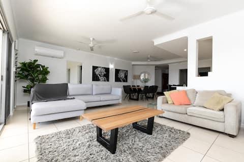 Luxury Stay in Darwin's premier inner city suburb.
