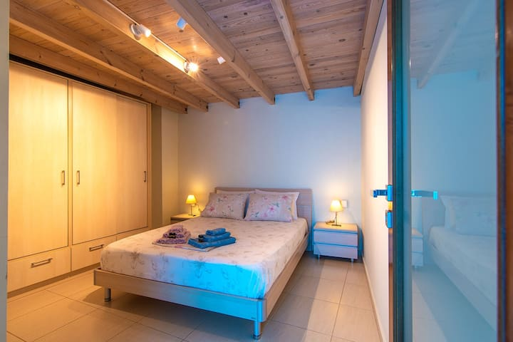 Oasis apartment - the bedroom
