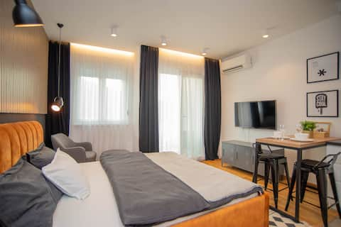 New Modern Style Apartment | Morača River view