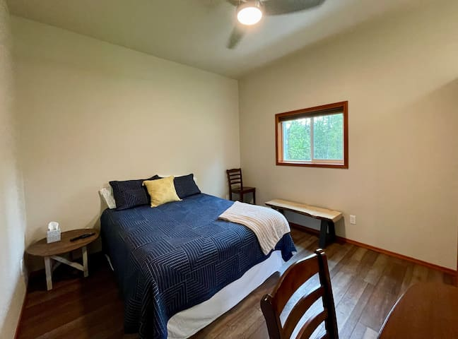 Queen Bed. Ceiling fan above bed with 6 speeds so you have just the right airflow for sleeping.