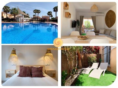 Marinas Sol-Tu casa al sol con jardín privado!