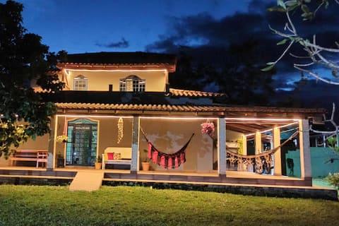 Clube da Esquina - Casa completa com Chalé.