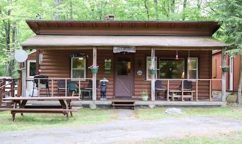 "Comfortable Cabin!!  We call it ""THE  Last Resort"""