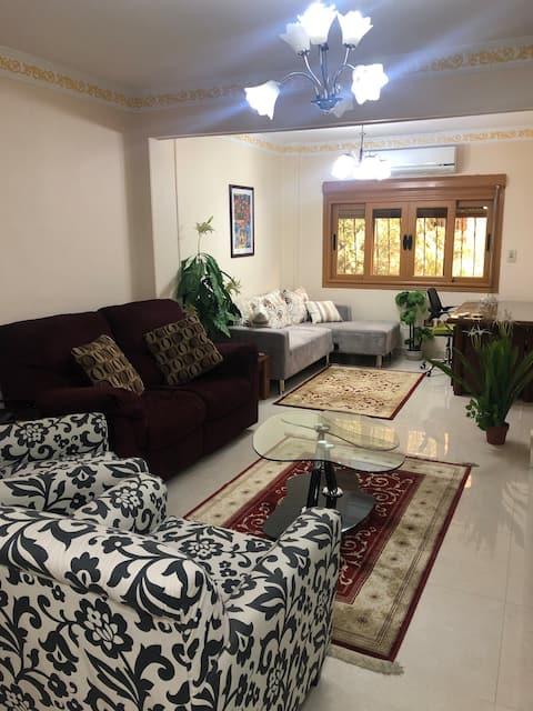 Cozy & clean apartment in Maadi EGP12000/month